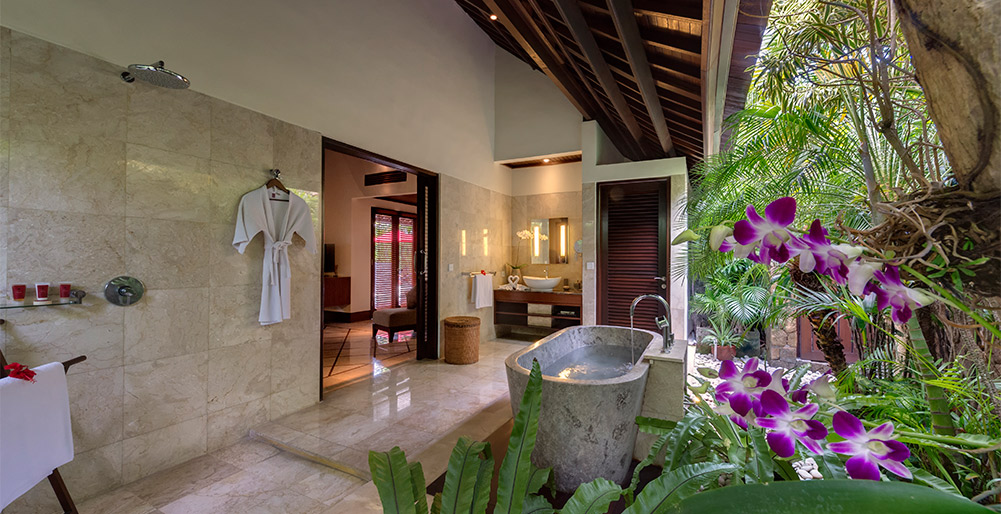 Villa Asta Master Bedroom Ensuite Bathroom Seminyak Villa Images
