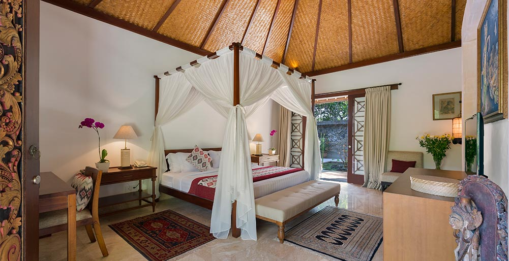 Villa Batujimbar - Longhouse bedroom one
