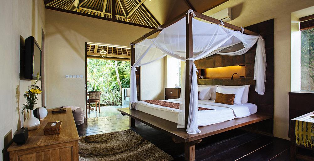 Villa Belong Dua Master Bedroom View To Veranda Seseh Tanah Lot