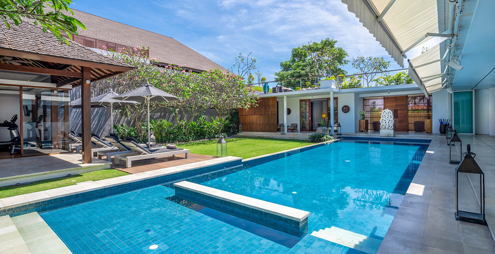 Villa Cendrawasih - Inviting private pool