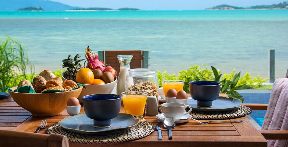 Baan Dalah - Breakfast with dazzling view