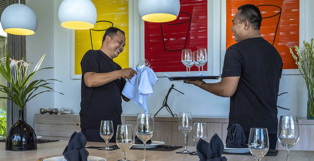 Villa Issi - Dining preparation by the friendly staff
