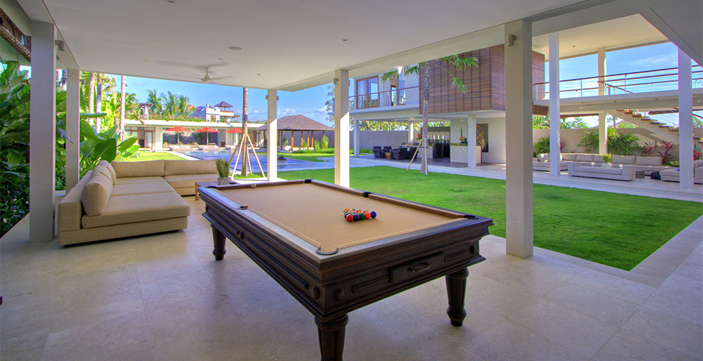 Villa Kalyani - Pool table