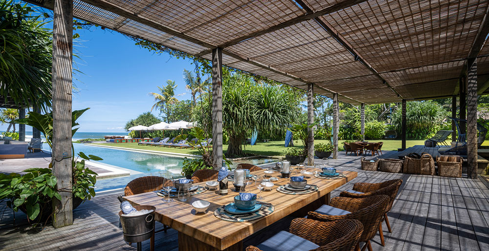 Noku Beach House - Alfresco dining