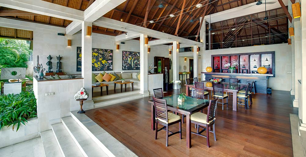 Villa Mandalay - Living and dining room
