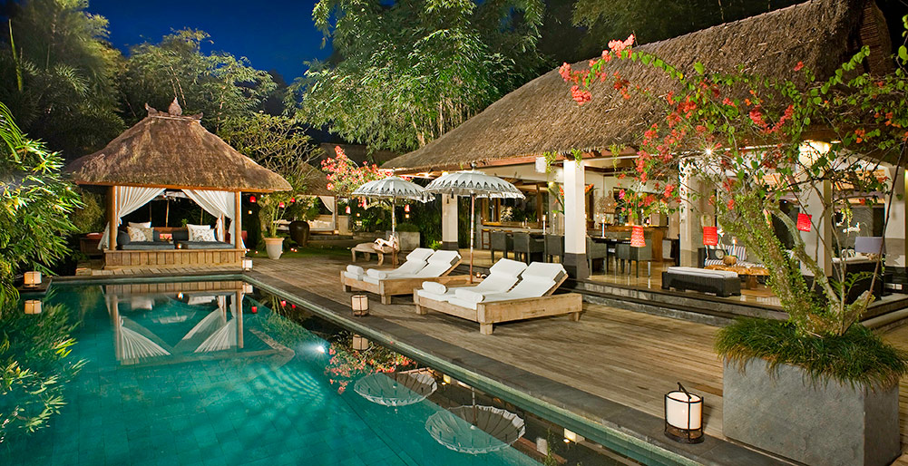 Villa Maya Retreat - Pool at night