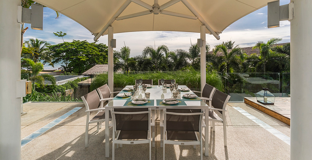 Villa Roxo - Outdoor dining area