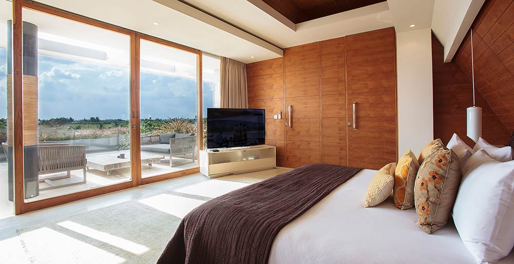 The Iman Villa - Beautiful vista from the master bedroom