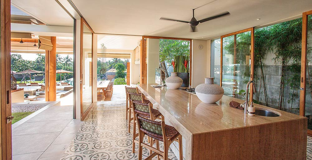 The Iman Villa - Family kitchen area