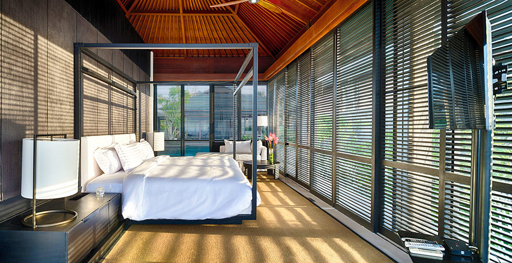 Villa Hamsa - Sundrenched master bedroom
