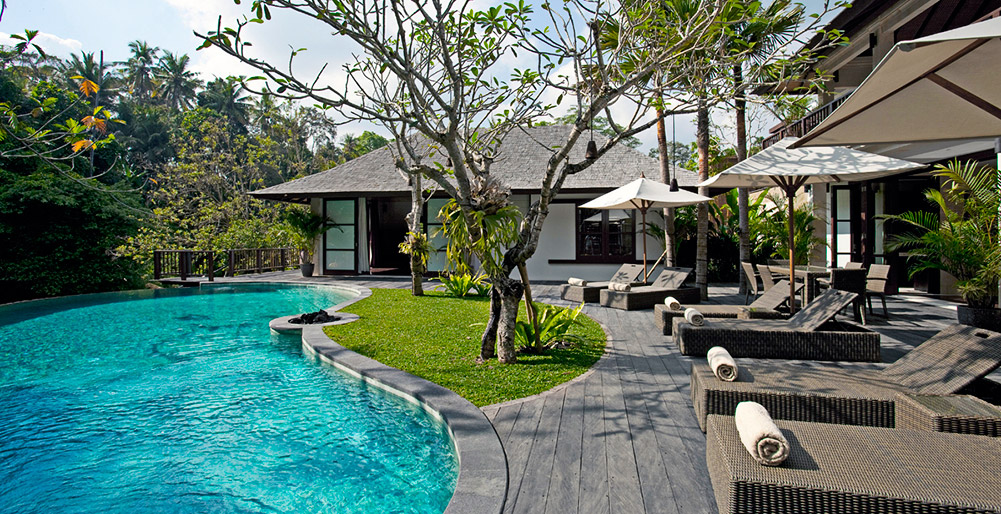 Nyanyi Riverside Villas - Villa Iskandar - Pool side
