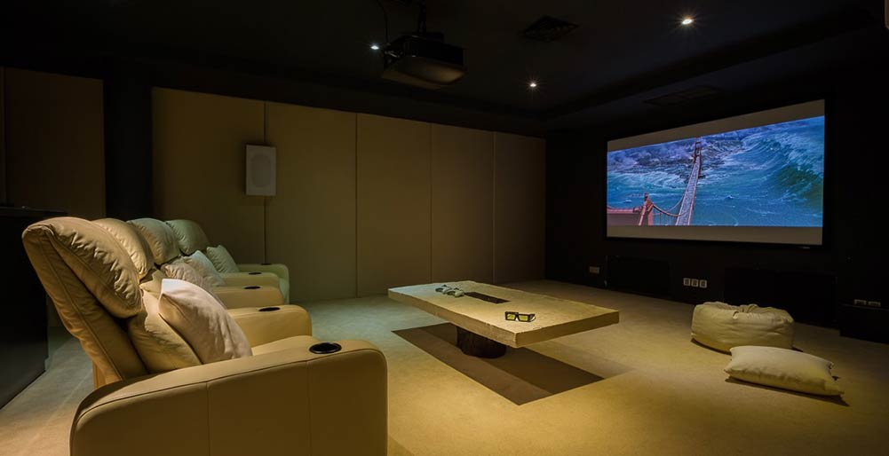 Grand Cliff Front Residence - Cinema room