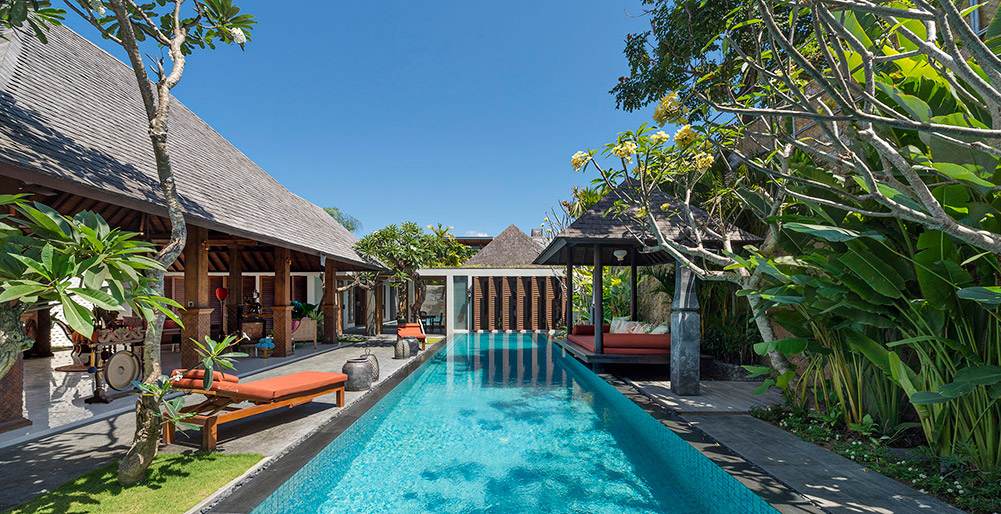 Des Indes Villas - Des Indes III - Poolside
