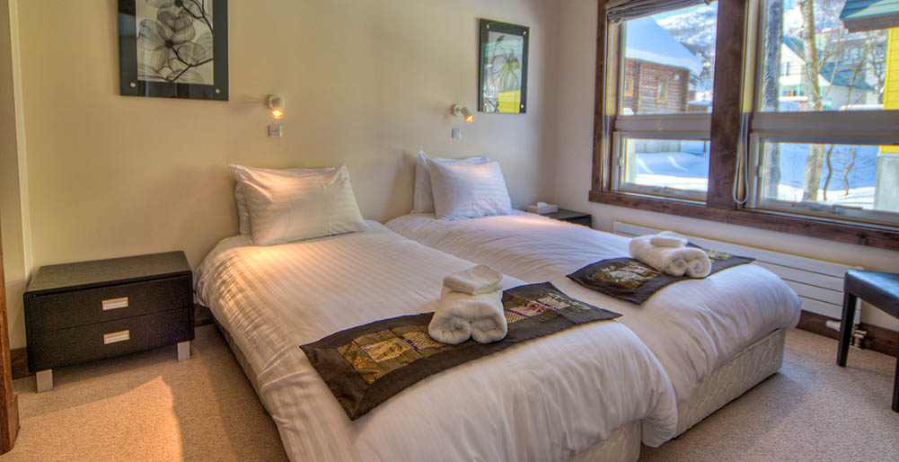 Gouka Chalet - Comfortable guest bedroom