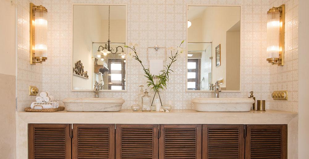 Villa Loto Bianco - Bathroom vanity