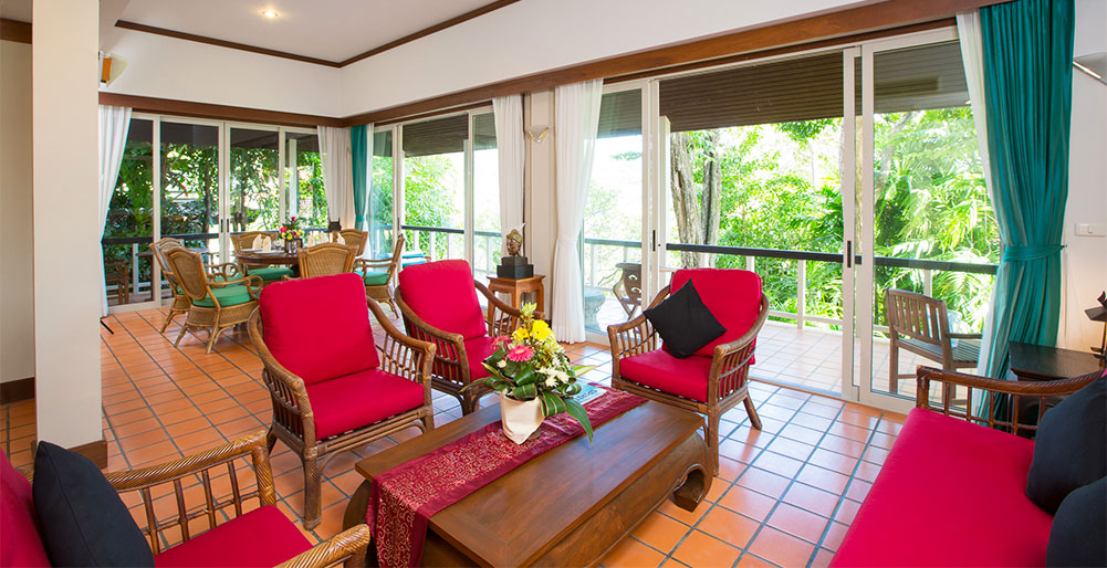 Baan Kata Sooksan - living room and terrace