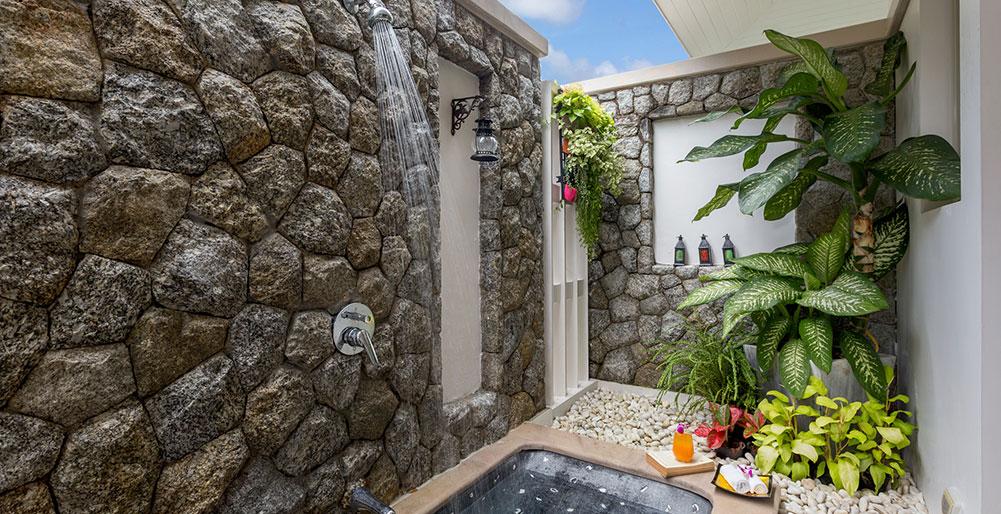 Villa Makata 2 - Outdoor bathroom