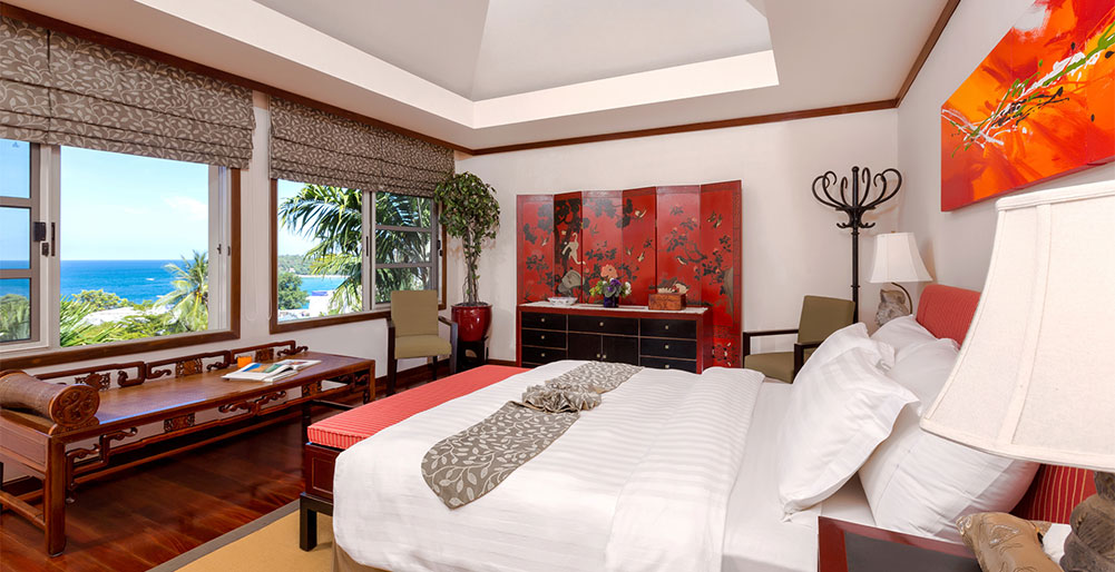 Villa Kamia - Master bedroom with view