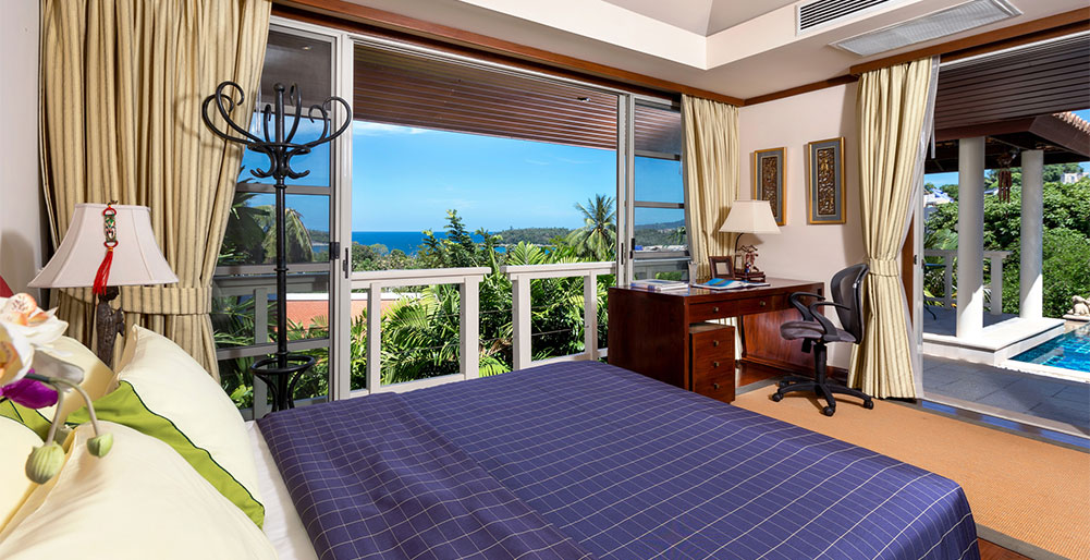 Villa Kamia - Guest bedroom with view