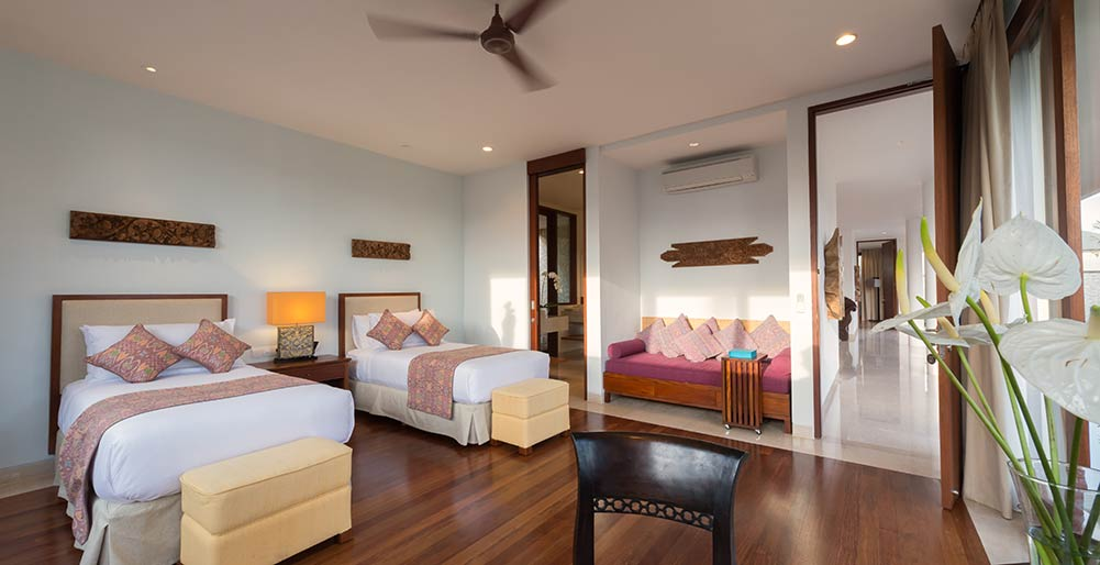 Pandawa Cliff Estate - Villa Marie - Downstairs twin bedroom