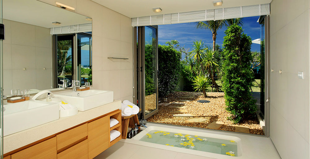 Villa Malee Sai - Ensuite with garden view