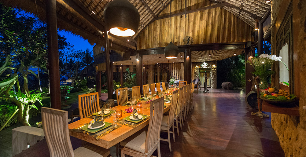 Taman Ahimsa - Dining area at night