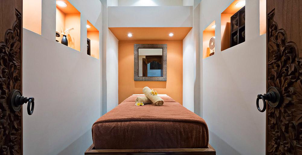 Villa Jamalu Massage Room