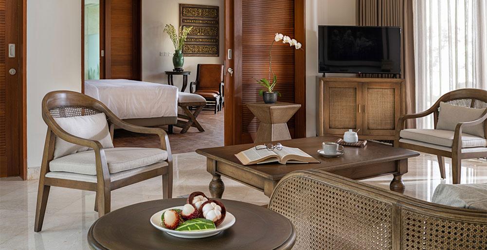 Villa Kailasha - Master bedroom sitting area